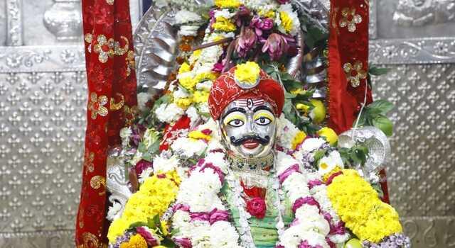 Photo of शिव नवरात्रि के छठें दिन भगवान महाकाल ने  श्री मनमहेश के स्वरूप मे श्रृंगारित होकर दर्शन दिये