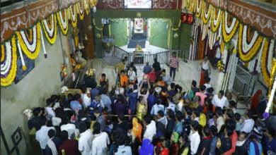 Photo of महाशिवरात्रि पर दक्षिण भारतीय पध्दति से सजा बाबा महाकाल का दरबार