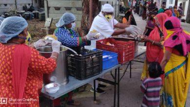 Photo of रामनवमी पर सेवाधाम द्वारा कुष्ठधाम में जरूरतमंदो को भोजन वितरण किया