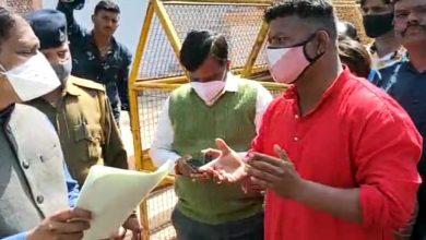 Photo of विडिओ:-बेगम बाग के 200 मकान हेतु विक्रम नगर, गांधी नगर रेलवे स्टेशन के पास भूमि आवंटन का विरोध